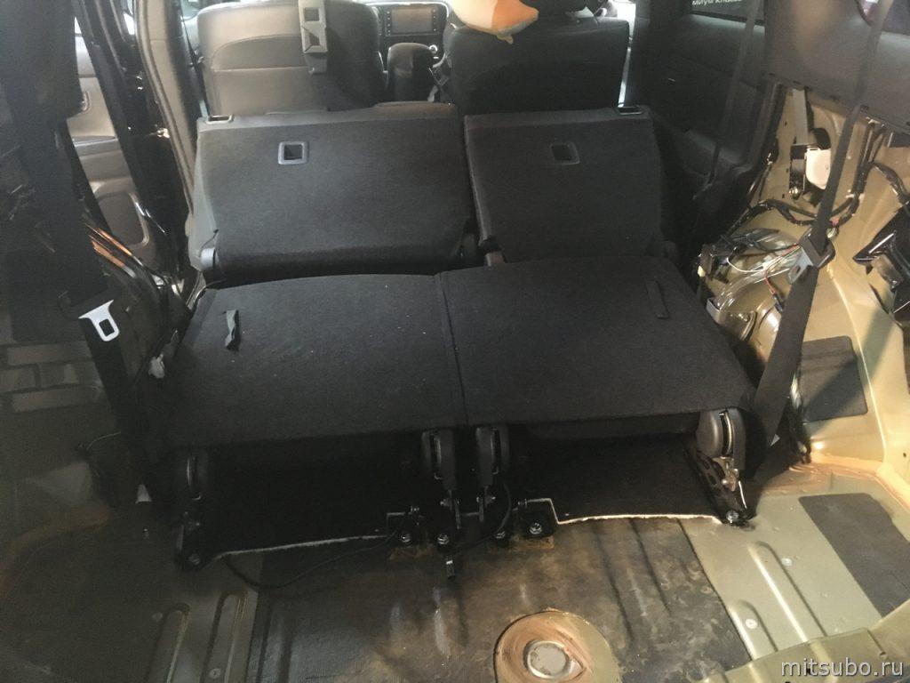 Установка третьего ряда сидений
